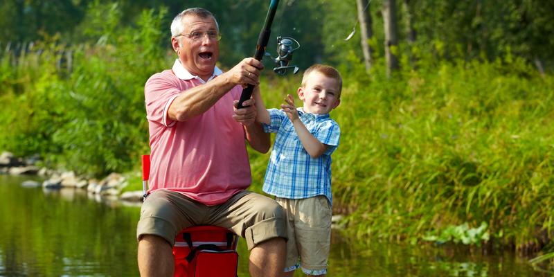 Bunicii joaca un rol foarte important in cresterea si educarea copiilor