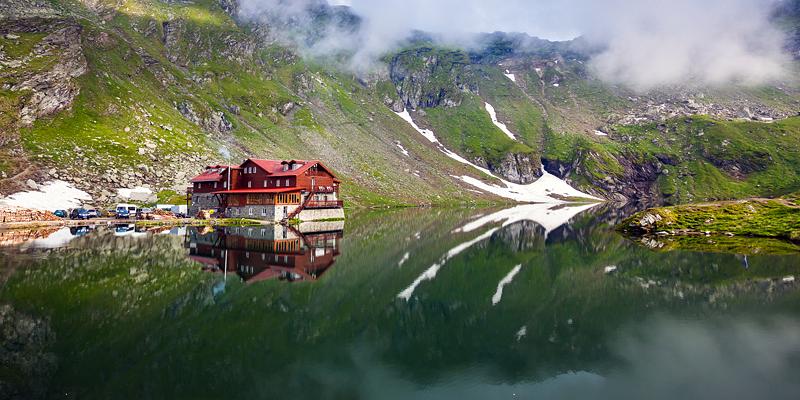 Lacurile din Romania - destinatii potrivite oricarui anotimp si oricarei varste