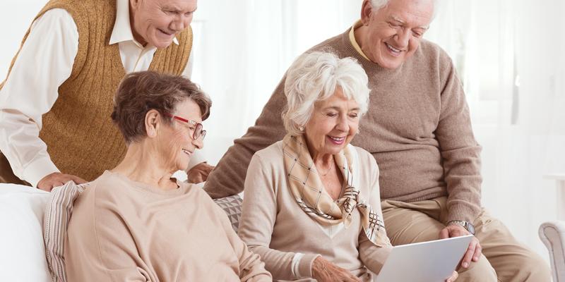 Retelele sociale in viata seniorilor
